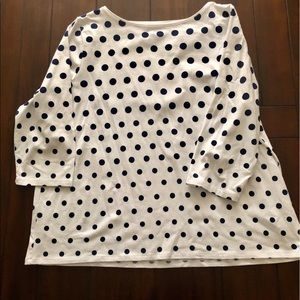 Talbots white tee with navy blue dots